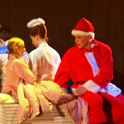 XMAS DREAM RELOADED - Das Weihnachtsjugendmusical, 10.12.2004, Foto: Martin Bruny