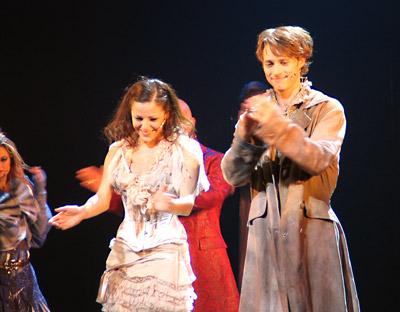 Lukas Perman und Marjan Shaki als Romeo und Julia, Foto: Martin Bruny