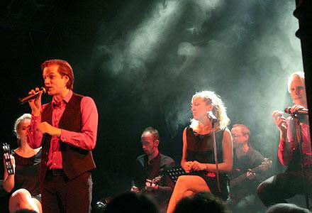 Die Metropol Singers; Foto: Martin Bruny
