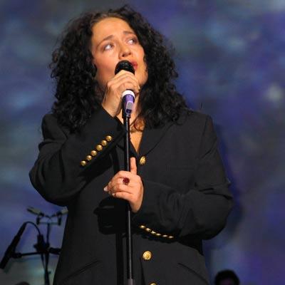Jacqueline Braun, grandiose Interpretin von Both sides now, 28.11.2004, Foto: Martin Bruny